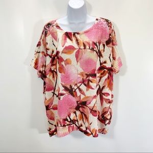 Chicos Sweater Crew Neck Short Sleeve Floral